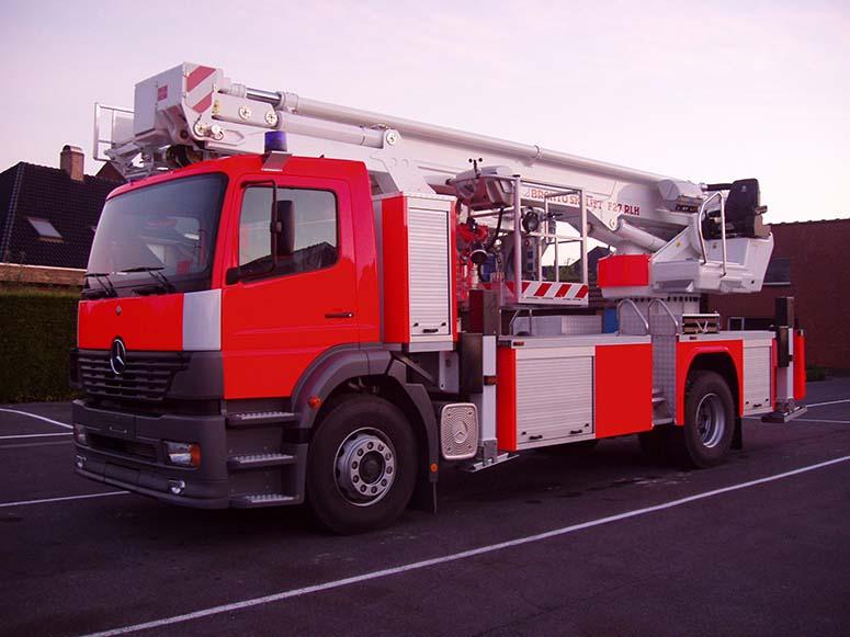 herstellen van de carrosserie brandweerwagen